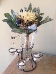 Vase to hold bridal bouquet wedding sweetheart table